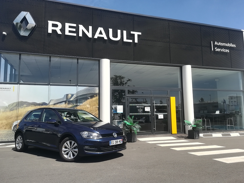 Volkswagen GOLF VII 1.6 TDI 110CH BLUEMOTION TECHNOLOGY FAP CONFORTLINE BUSINESS 5P Diesel BLEU NUIT Occasion à vendre