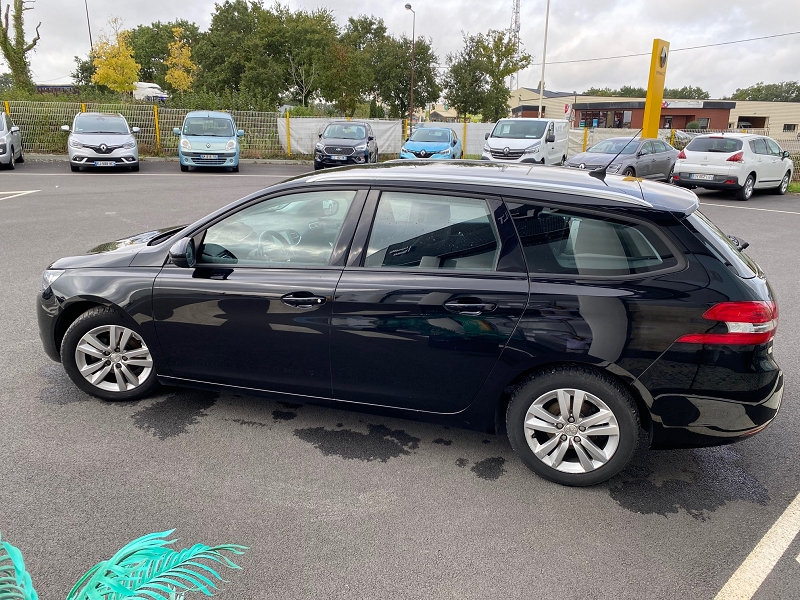 Photo 2 de l'offre de PEUGEOT 308 SW 1.6 BLUEHDI 120CH ACTIVE BUSINESS S&S à 12990€ chez Automobiles Services