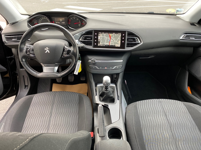 Photo 3 de l'offre de PEUGEOT 308 SW 1.6 BLUEHDI 120CH ACTIVE BUSINESS S&S à 12990€ chez Automobiles Services